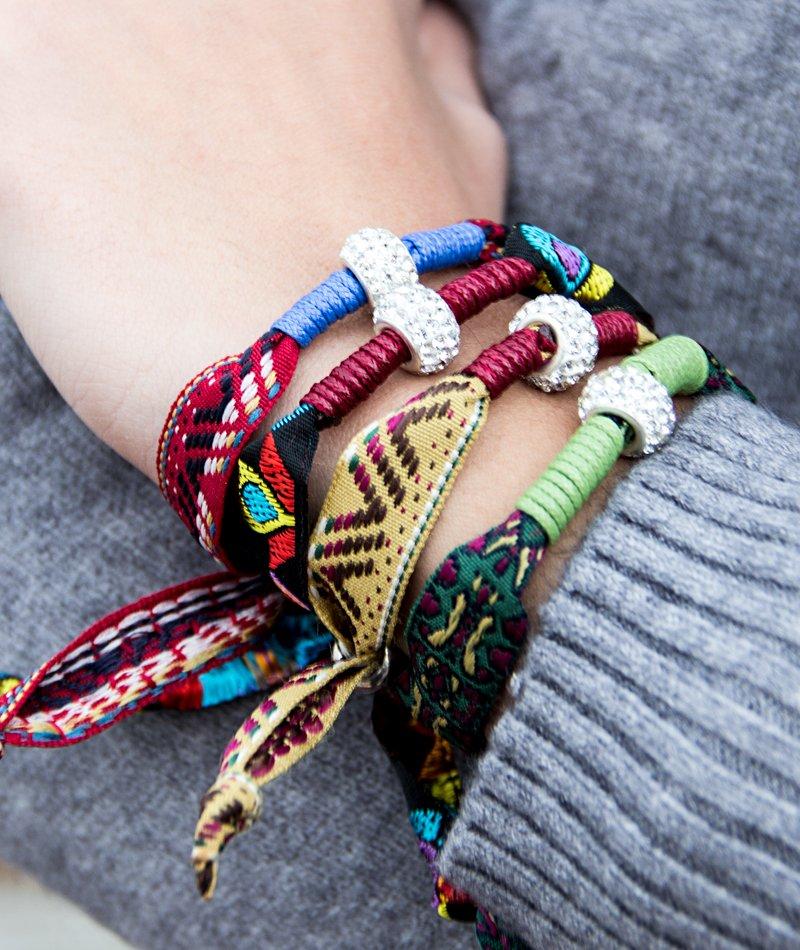 ed707ac6c8 SPECIAL PRICE Set 4 Boho Style Ribbon Βραχιόλια - ΚΟΣΜΗΜΑΤΑ