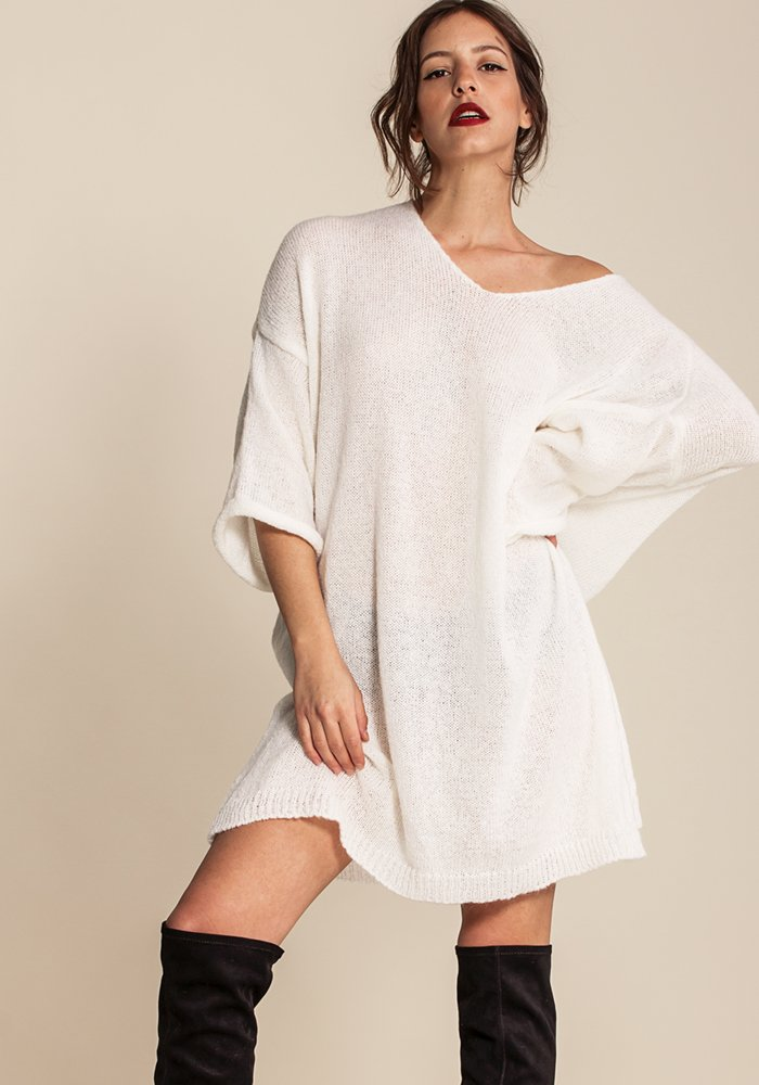 Alyeska Creme Oversized Sweater