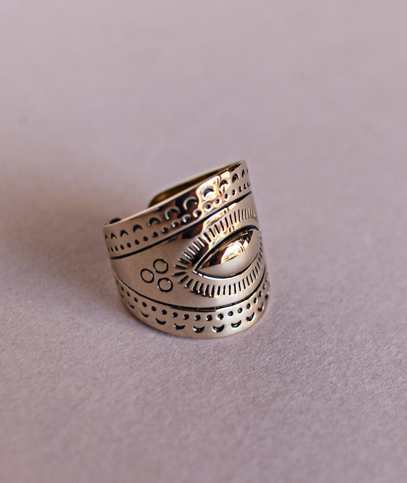 Helia Etched Ring