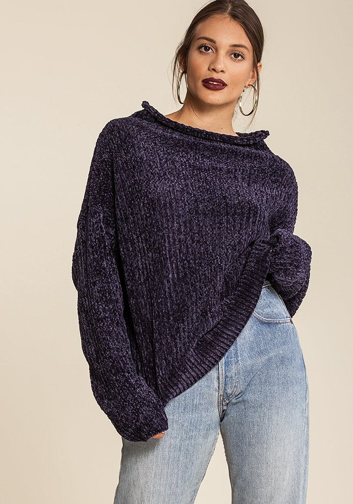 Monday Blues Pullover
