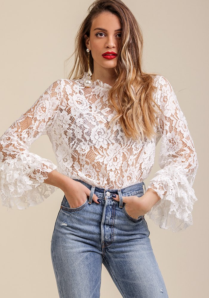 Walk Upon a Frill Top